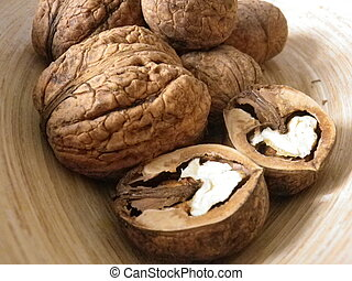 Walnuts truly bio - In the picture are real bio walnuts,...