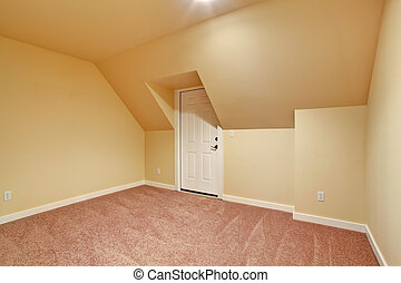 Empty room with vaulted ceiling - Small empty room with...