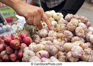 Shallot - garlic in the market