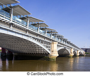 Blackfriars Bridge - Blackfriars new railway bridge