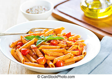 Penne Arrabiata - Penne in tomato sauce with basil  on top
