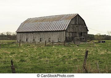 Decrepit Barn - Decrepit wooden barn