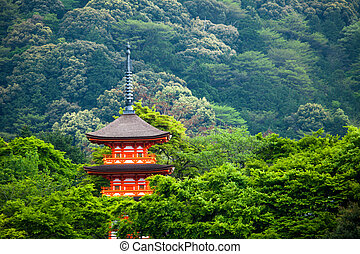 Three-storied pagoda at Taisan-ji Temple nearby...