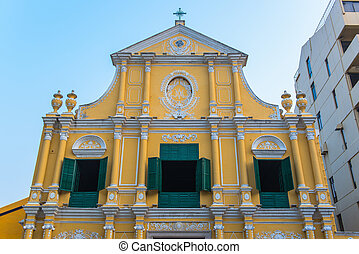 St Dominics Church on the historical Leal Senado Square