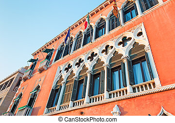 historic building - Historic building in Venice, Italy
