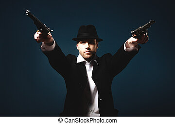homem, segurando, Handgun