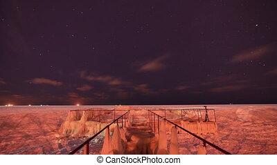 Night frozen sea timelapse - Night frozen sea ise coast and...