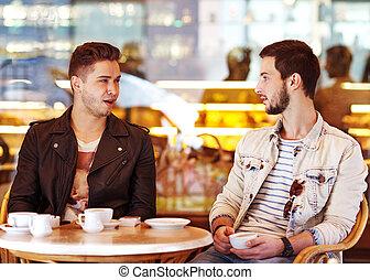 dos, joven, hipster, tipo, Sentado, café, Charlar,...