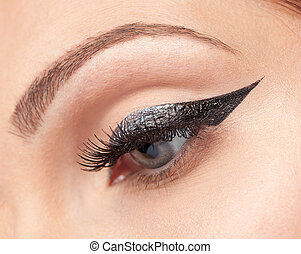 eyes make-up, eyeliner