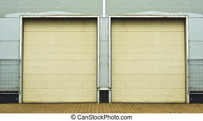 Industrial Unit with roller doors - Industrial Unit with...