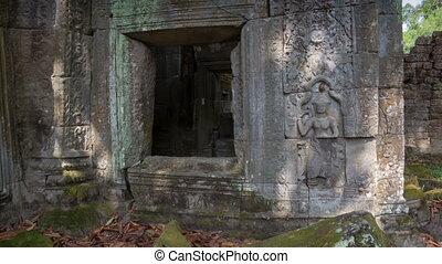 Preah Khan temple slider timelapse 4K - Angkor complex,...