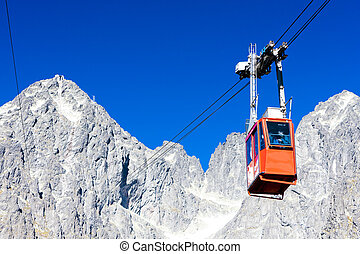 cable car to Lomnicky Peak, Vysoke Tatry (High Tatras),...