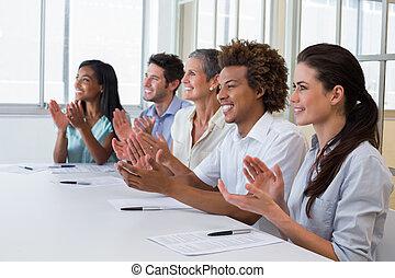 Aplaudir, presentación,  casual, empresa / negocio, equipo