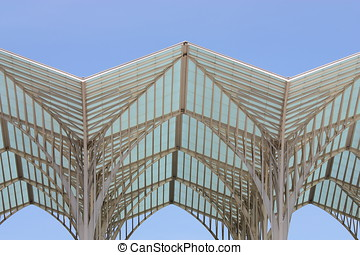modern roof structure, lisbon station