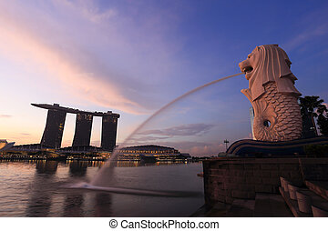 Merlion fountain in front of the Marina Bay - SINGAPORE -...