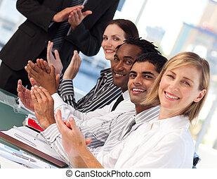 empresa / negocio, gente, aplaudiendo, después, presentación