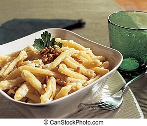 casereccie with cream nuts and pine - italian pasta with...