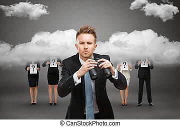 hombre de negocios, binocular, contra, tempestuoso, cielo