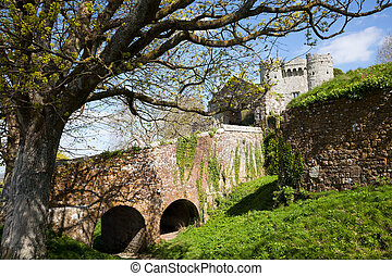 Carisbrooke Castle Isle Of Wight - Carisbrooke Castle on the...