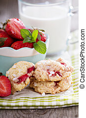 Shortcake cookies with strawberries - Shortcake cookies with...
