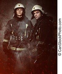 dos, bomberos, hachas, Humo