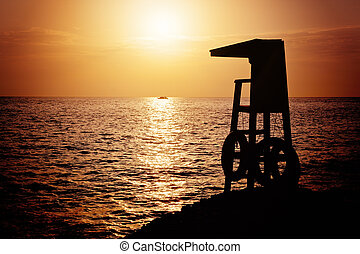 Lifeguard tower silhoette - Lifeguard tower silhouette...