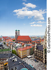 Marienplatz - Panorama of Marienplatz, New Town Hall (Neues...