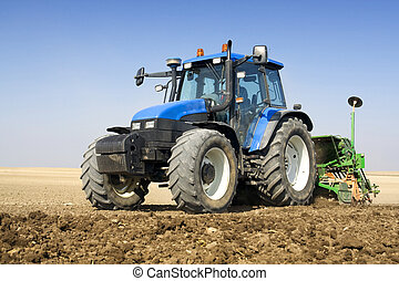 Agriculture - Tractor - Agriculture - tractor sow the field