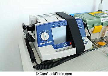 Defibrillator - Emergency defibrillator