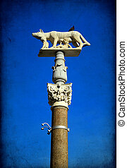 Siena - column with the she-wolf in front of the Duomo...