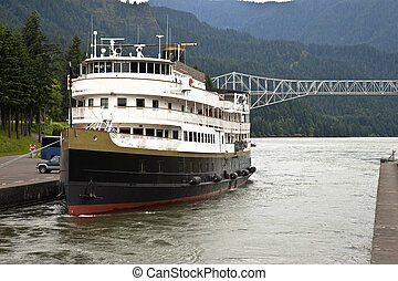 Cruise ship in the Columbia River Gorge Oregon. - A Cruise...