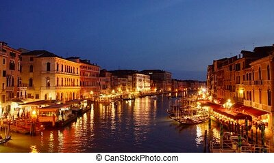 Venice at night - Panoramic time-lapse of Venice from Rialto...