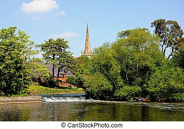 River Avon, Stratford-upon-Avon - Weir along the River Avon...