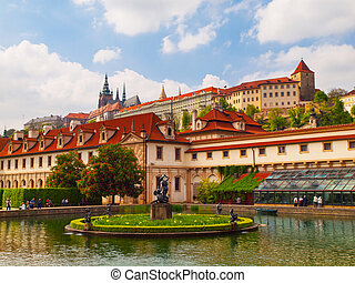Garden of Albrecht of Wallenstein and Prague castle - View...