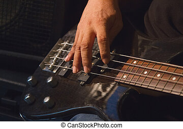 guitarist plays solo