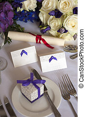 wedding table setting purple theme