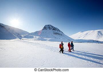Svalbard, turismo