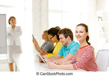 hembra, Estudiante, compañeros de clase, computadora,...