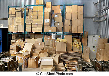 Clutter stock cardboard packing boxes in the factory
