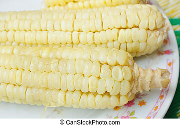 boiled waxy corn