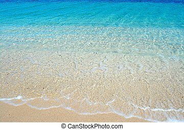 Fiume Santo sand - Fiume Santo strand with small waves