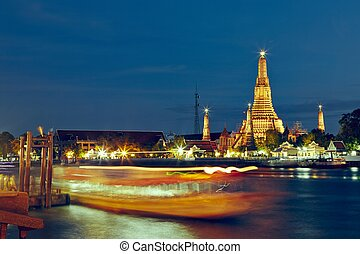 Night in Bangkok - Temple Wat Arun in night - Bangkok,...