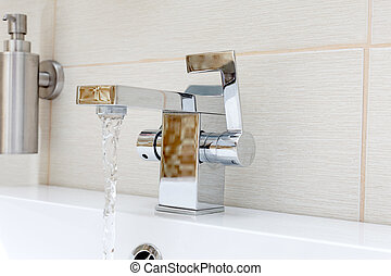 Chromium-plate tap with water - Chromium-plate tap with...
