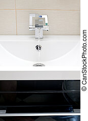 Chromium-plate tap on white sink - Chromium-plate tap on...