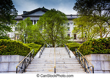 Stairs to the State Capitol in Harrisburg, Pennsylvania. -...