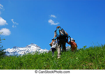 Family trekking - Mountain Family trekking