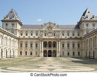 Castello del Valentino, Turin - Castello Del Valentino in...