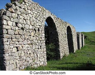 archi romani - resti di archi romani