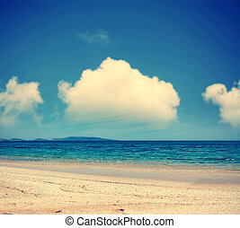 clouds over FIume Santo coast - white clouds over Fiume...