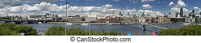 City of london skyline - City of London view from Tate...